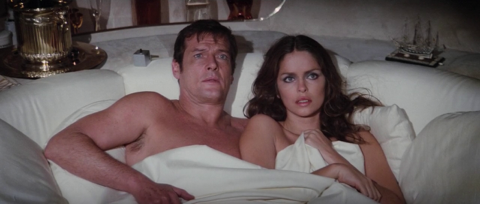 "James Bond (Roger Moore) and Anya Amasova ""Triple X"" (Barbara Bach) at the end of The Spy Who Loved Me (1977)"