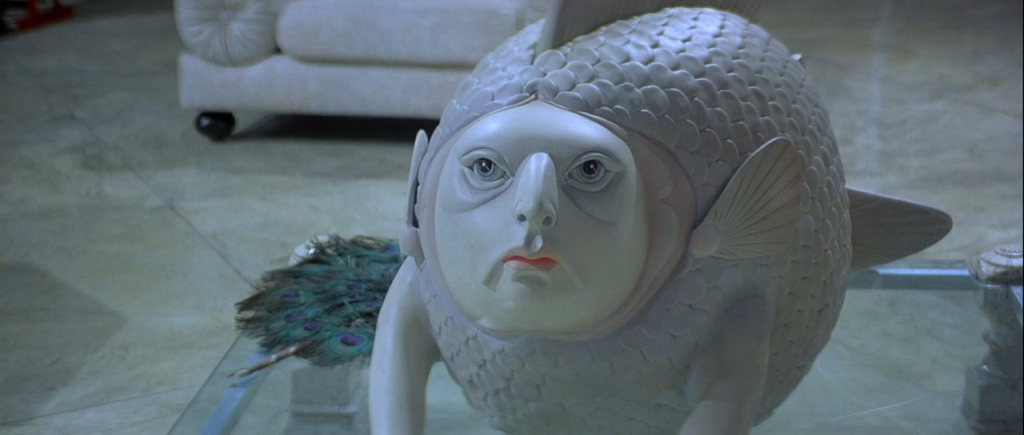 The fish statue from Licence To Kill (1989)