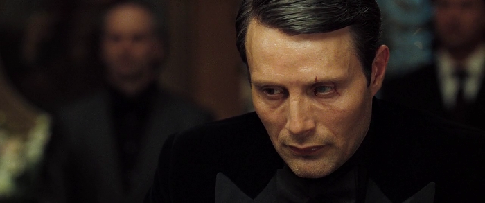 Le Chiffre loses and is crushed, shedding a (bloody) tear