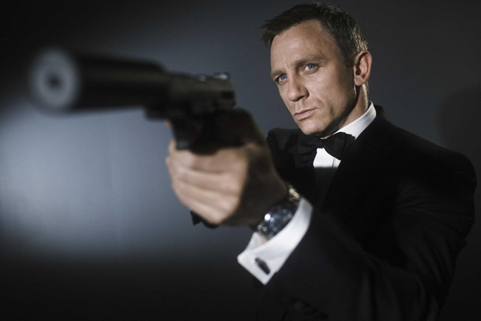 Daniel Craig will return for a fifth outing as James Bond, 007 in 2019, per the New York Times
