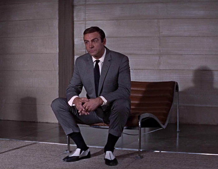 James Bond (Sean Connery) wears some snazzy two-toned dress shoes that, in my opinion, resemble bowling shoes in You Only Live Twice (1967)